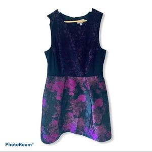 Lovely Adrianna Papell Purple Floral Lace Dress 14